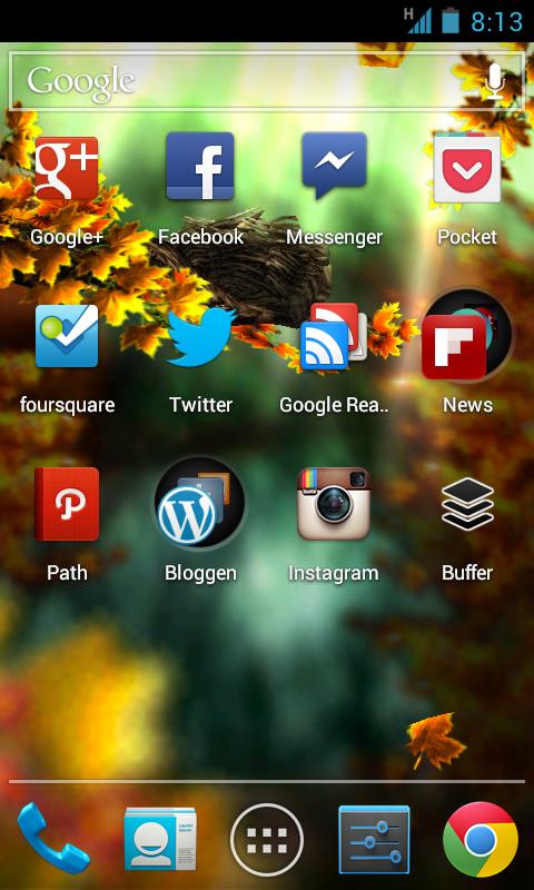 "Screenshot: Mein ""Social Media Homescreen"" mit Herbst-Live-Hintergrund Season Zen HD"